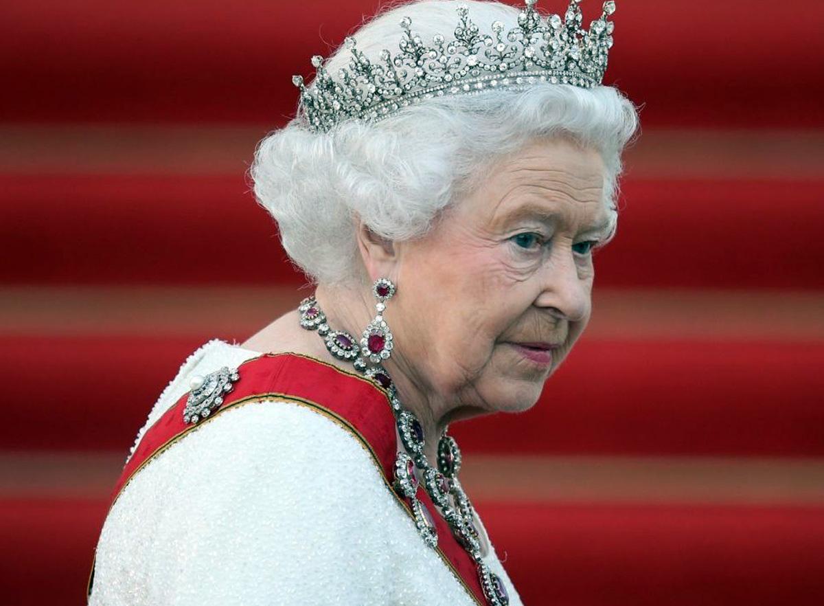 Διάγγελμα Βασίλισσα Ελισάβετ: Μια σπάνια κίνηση από τη βασίλισσα για την πανδημία