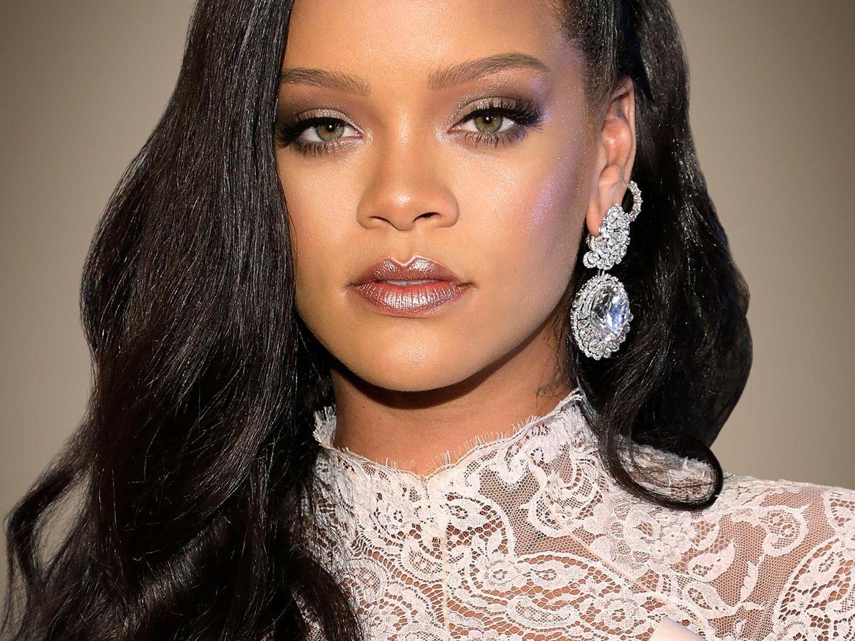 Rihanna: Λανσάρει ένα καινούριο brand για την περιποίηση προσώπου