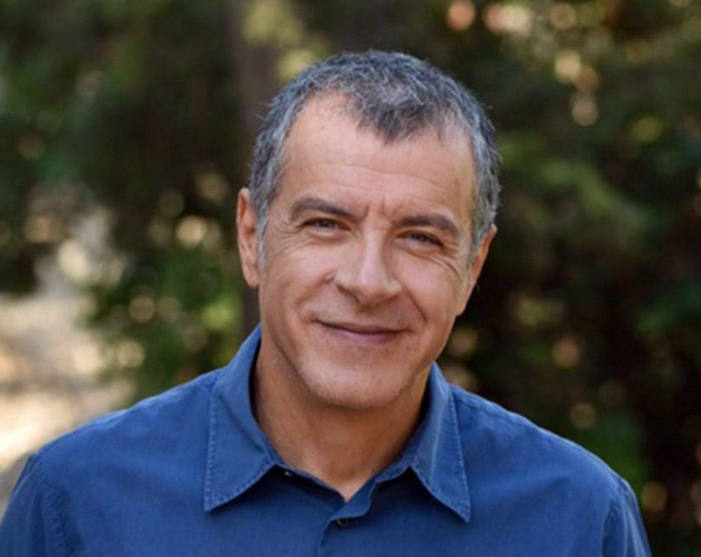 Σταύρος Θεοδωράκης: Ξύρισε το κεφάλι του και είναι καλύτερος από τον Bruce Willis [vid]