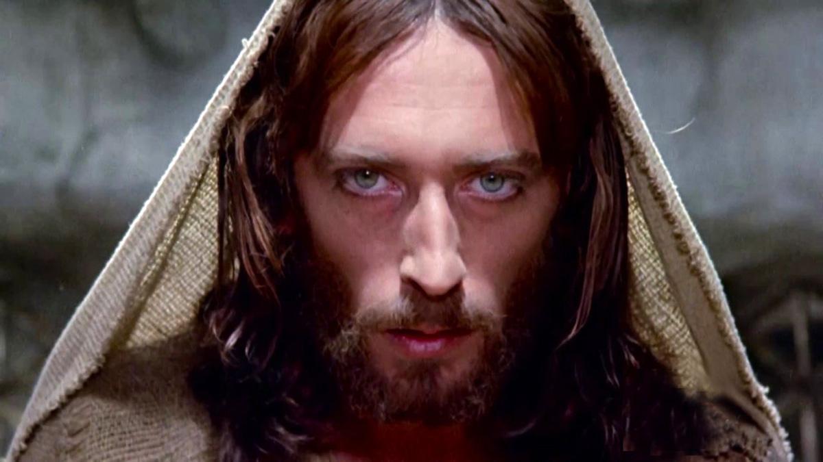 Μεγάλη Εβδομάδα Τηλεόραση: Ξεκινούν σήμερα ο Ιησούς από τη Ναζαρέτ και η Βίβλος [vid]