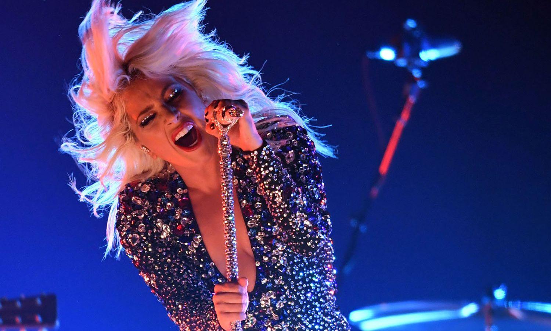 Lady Gaga: Σήμερα η ιστορική συναυλία – 100 διάσημοι καλλιτέχνες και ο ΠΟΥ στέλνουν μήνυμα ελπίδας [vid]