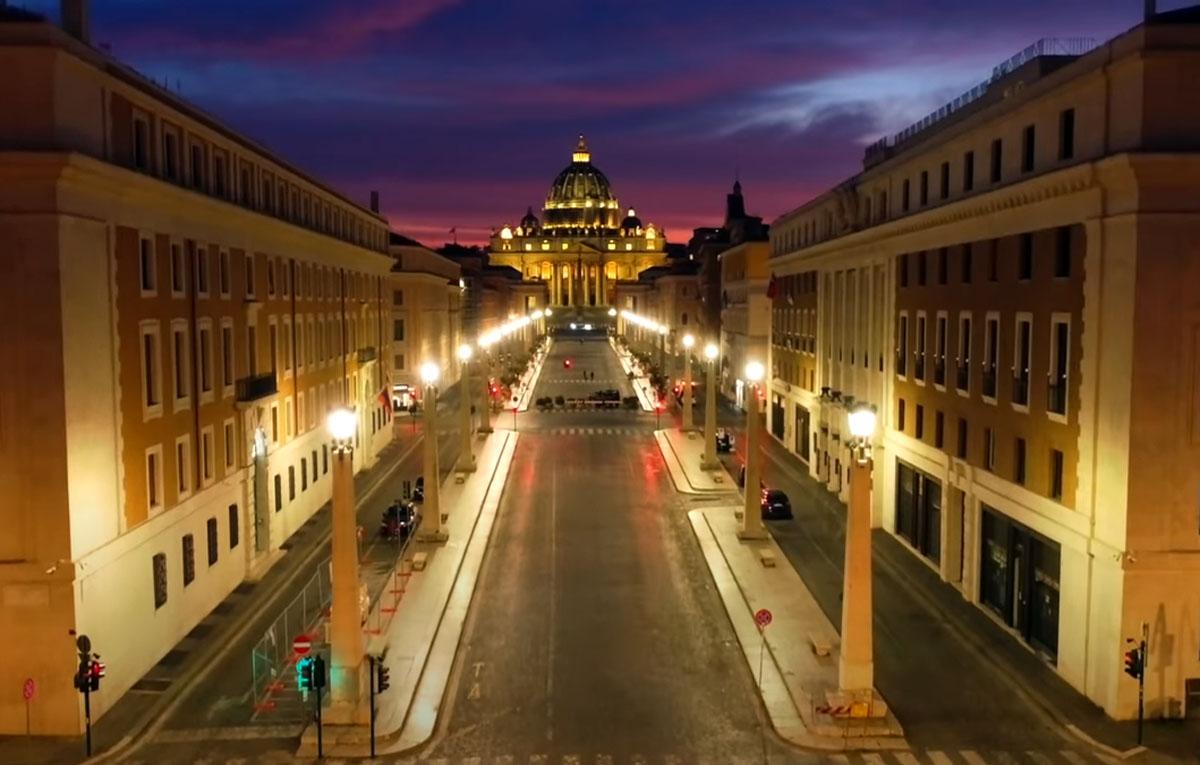 Η σιωπή της Ρώμης: Η άδεια πόλη σε ένα ονειρεμένο video που πρέπει να δεις [vid]