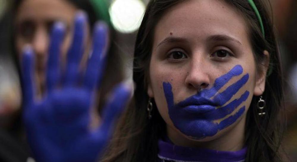 «Μάσκα 19»: Πες αυτό στο φαρμακείο αν είσαι θύμα ενδοοικογενειακής βίας