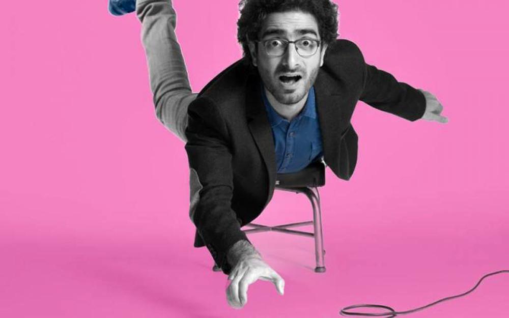 Stand up comedy: Ο Λάμπρος Φισφής και ο Δημήτρης Μακαλιάς παρουσιάζουν το απόλυτο facebook live