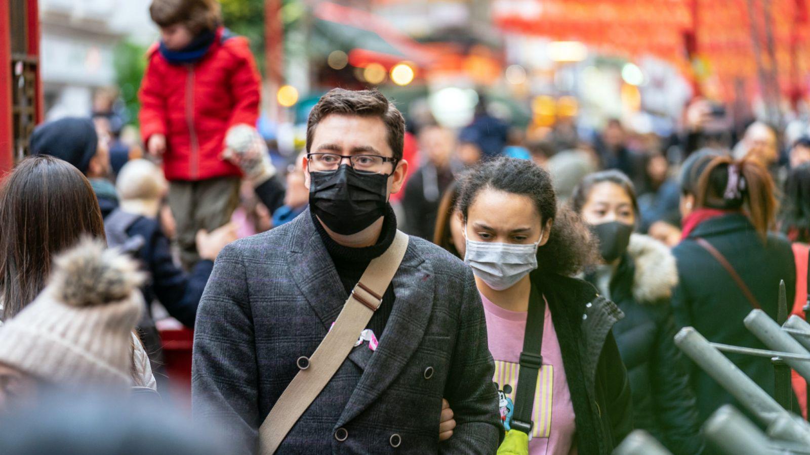 Προστατευτική μάσκα: Ποια απαγορεύεται – Που θα πρέπει να τις φοράμε από 4 Μαΐου