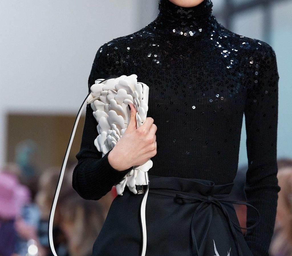 Valentino: Είναι ο πρώτος οίκος μόδας που ξεκινάει διαφημιστική καμπάνια από το σπίτι για τη συλλογή Fall 2020