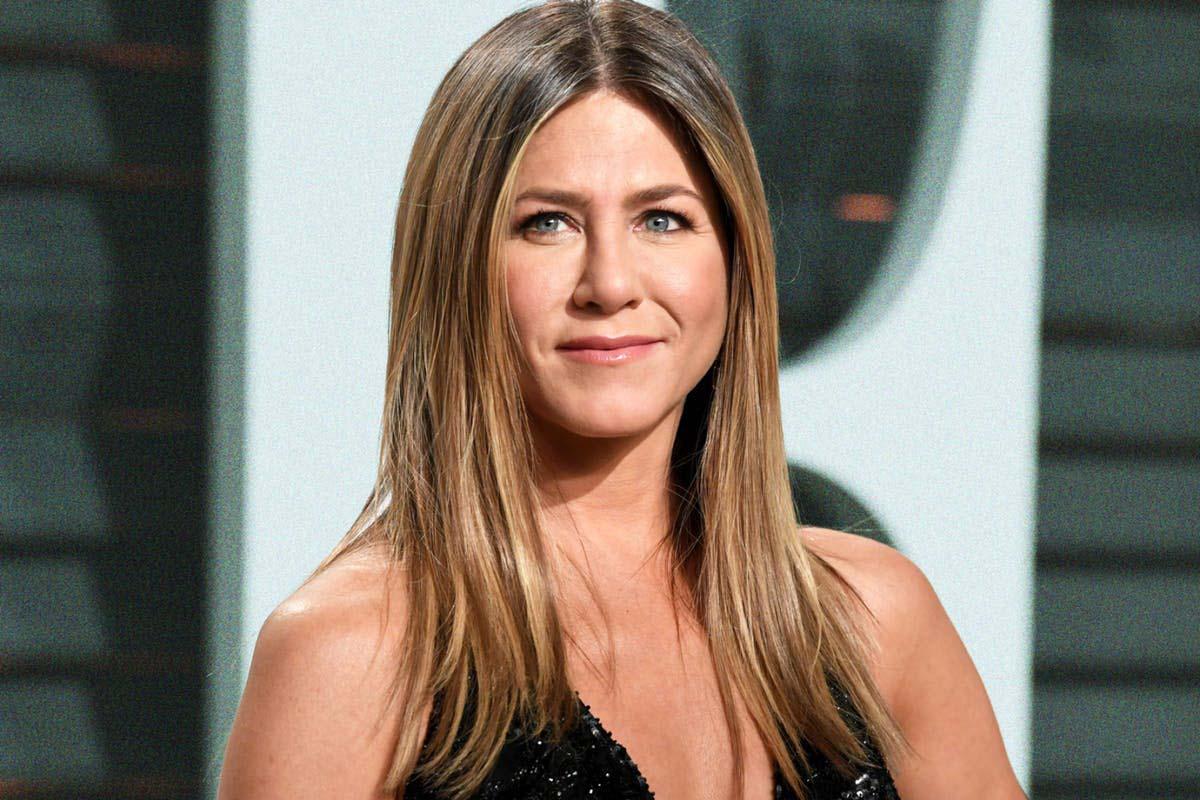 Jennifer Aniston: Ένα χριστουγεννιάτικο στολίδι έφερε θύελλα αντιδράσεων [pics]