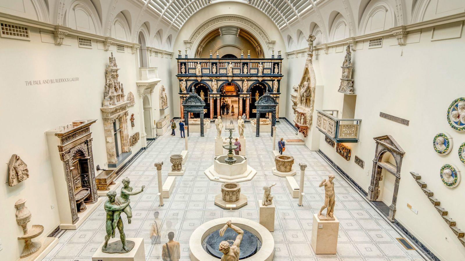 Victoria & Albert Museum: Έκθεση με τα αντικείμενα της πανδημίας [pic]