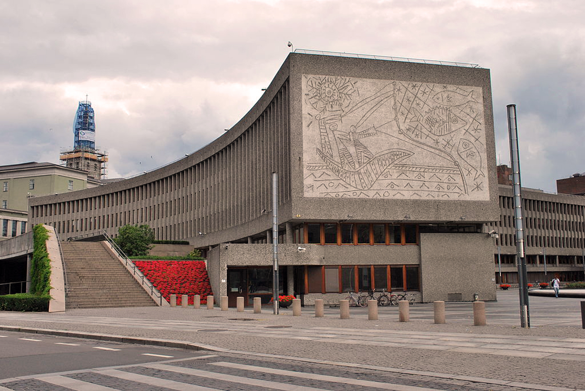 MoMa Picasso: Μαζεύουν υπογραφές για να μην γκρεμιστεί κτίριο με τοιχογραφίες του [pics & vid]