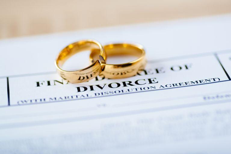 Χωρισμός ζευγάρι showbiz: Ποιο ζευγάρι παίρνει διαζύγιο μετά από 10 χρόνια γάμου [pics]