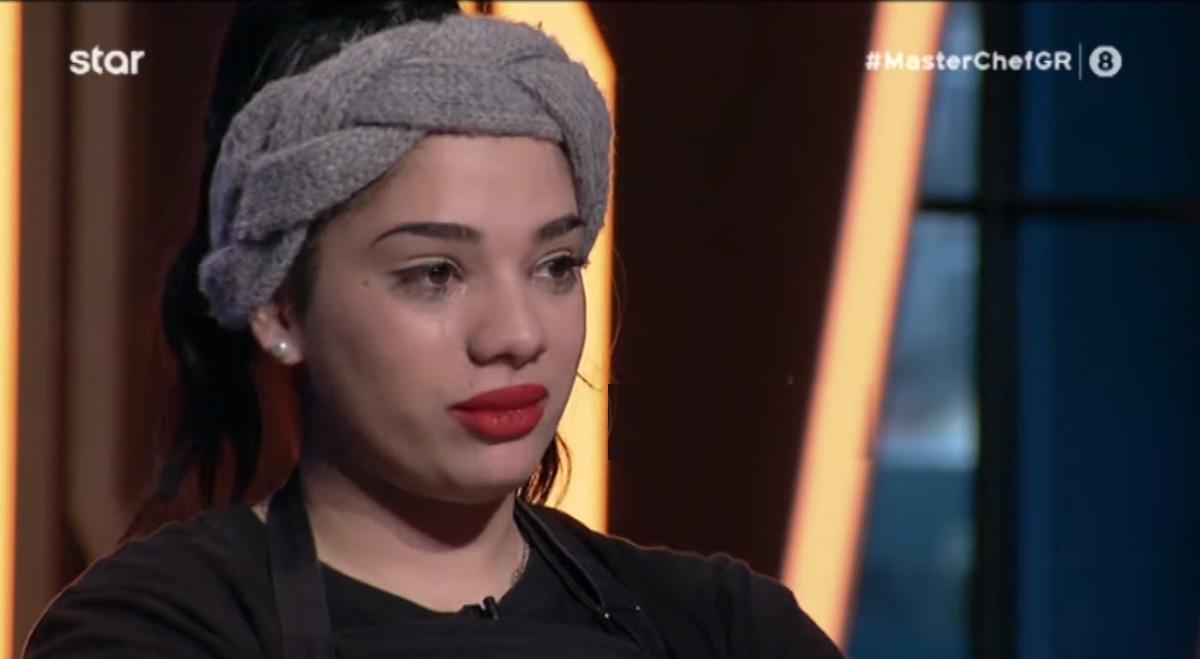 MasterChef 4: Η Μαριάννα αποχώρησε και δεν μπορούσε να κρύψει τα δάκρυα στα μάτια της [vid]