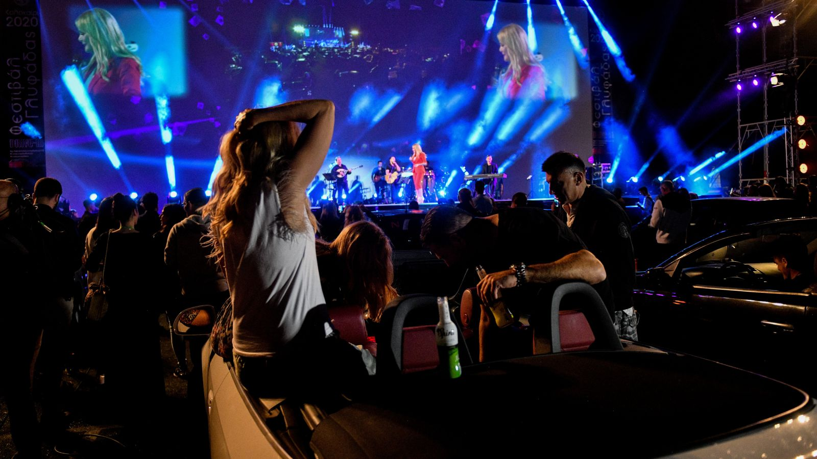 Guardian Θεοδωρίδου: Θέμα η πρώτη drive in συναυλία – Είναι αυτός ο τρόπος που θα γίνονται από εδώ και πέρα [vid & pics]