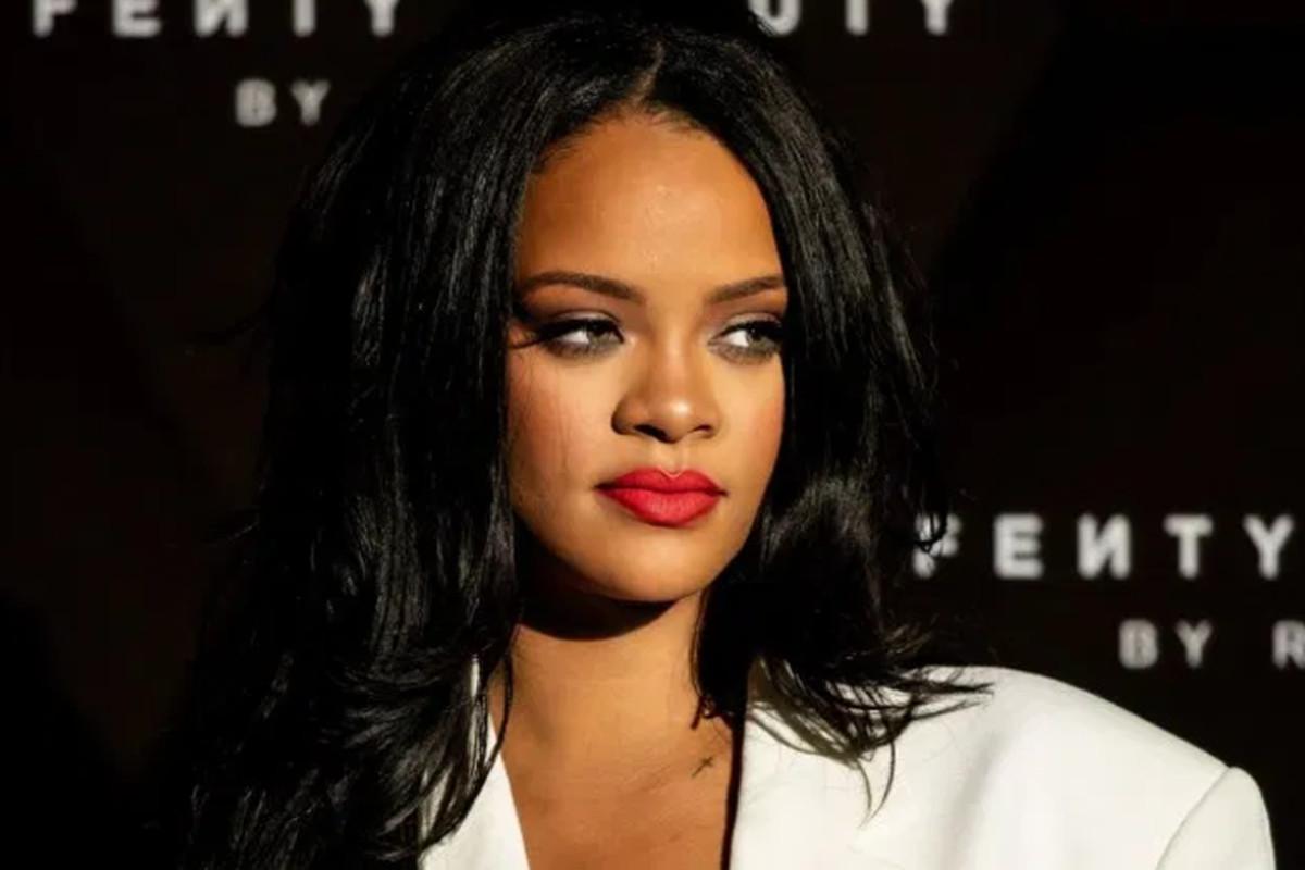Rihanna #BlackoutTuesday: Μαύρο και στις πωλήσεις των brands της