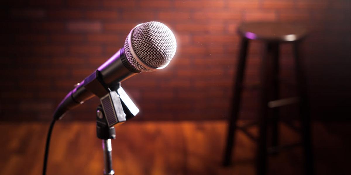 Late Comedy Nights: Ελληνική stand up comedy στο Θέατρο Χυτήριο