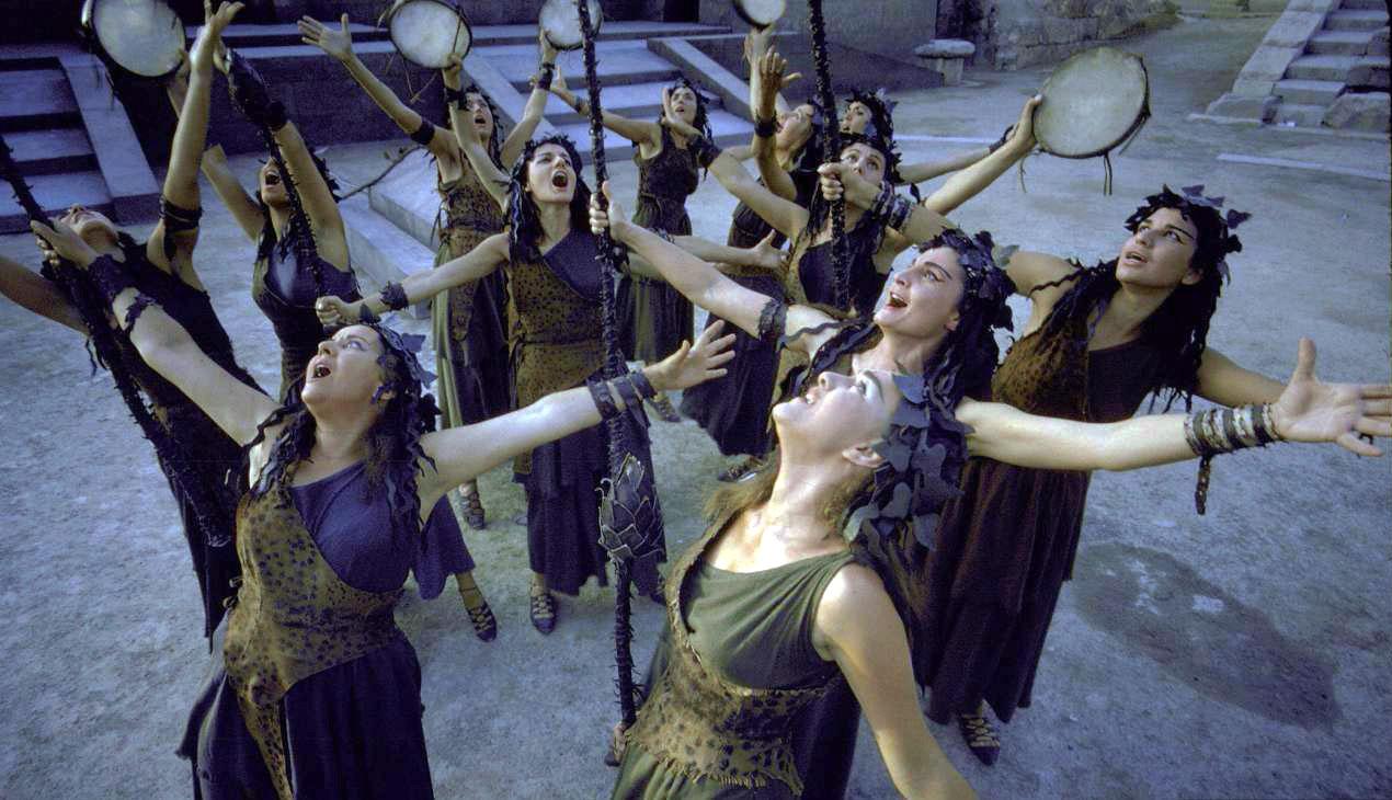Οι Βάκχες του Ευρυπίδη ξεκινούν την καλοκαιρινή τους περιοδεία