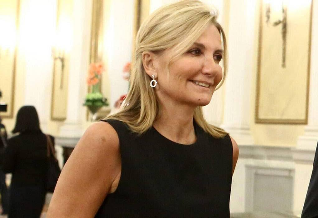Η Μαρέβα Μητσοτάκη αναζητά αγοραστή για την Zeus + Dione