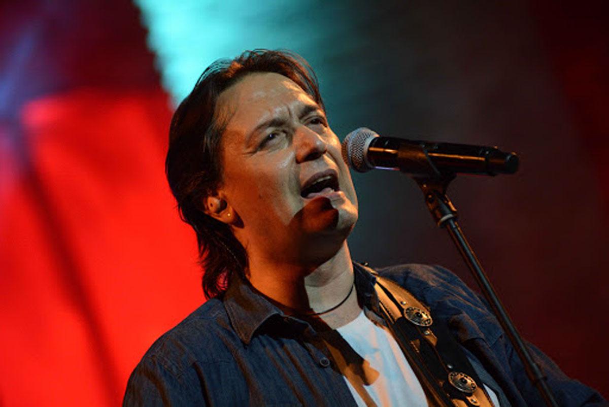 Γιάννης Κότσιρας: Από τον Σταυρό του Νότου, για μια live stream συναυλία