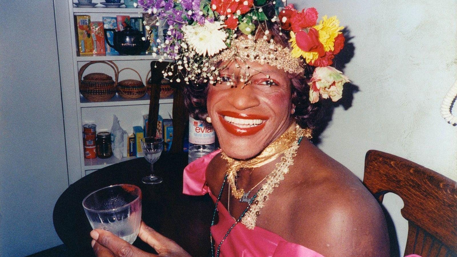 Μάρσα Π. Τζόνσον: 51 χρόνια από τον θάνατο της drag queen ακτιβίστριας – Η Google της αφιερώνει το σημερινό doodle