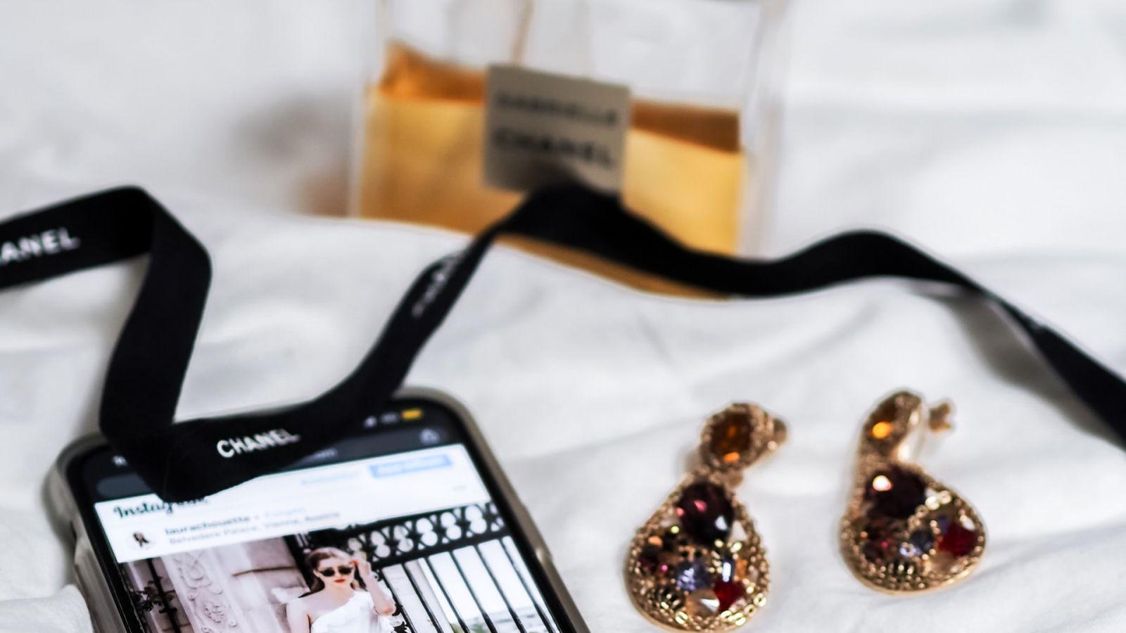 Συνεργασία Gucci Snapchat: Μέσω της εφαρμογής οι snapchatters θα δοκιμάζουν τα πιο iconic παπούτσια του οίκου