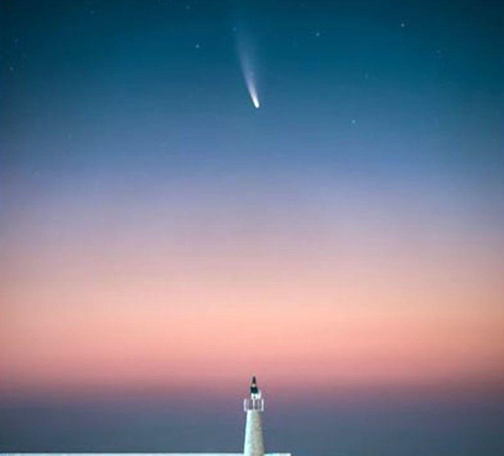Κομήτης Neowise: Η εντυπωσιακή φωτογραφία από το πέρασμα του στη Σάμο υποψήφια για διεθνή διάκριση [pic]