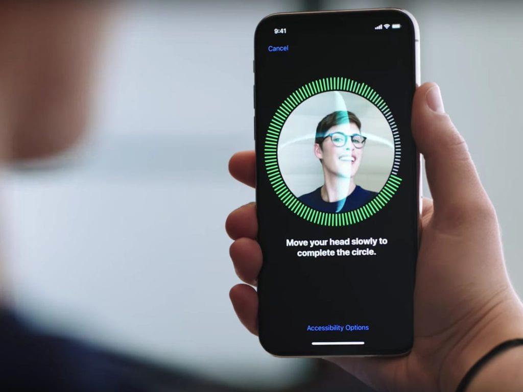 Messenger Facebook: Νέες δυνατότητες με επιπλέον ασφάλεια και Face – Touch ID