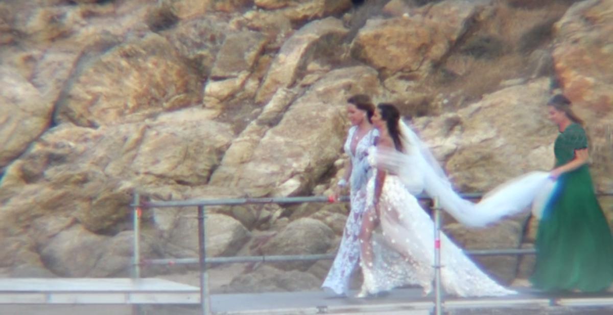 Εριέττα Κούρκουλου:Παντρεύτηκε τον αγαπημένο της Βύρωνα Βασιλειάδη – Ένας ρομαντικός γάμος στη Μύκονο [vid]