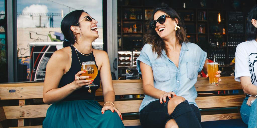 Κορονοϊός Χαρδαλιάς: Όλα τα νέα μέτρα σε μπαρ και εστίαση – Ενημέρωση για τα κρούσματα [vid]