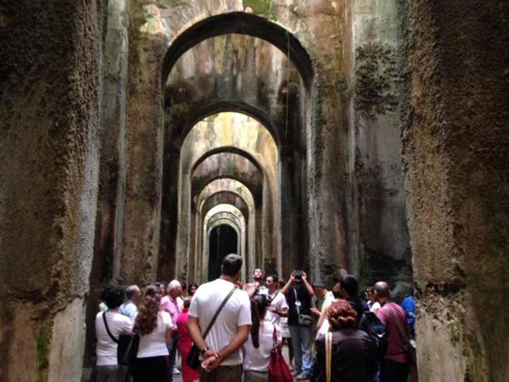 Piscina Mirabilis: Μετά από είκοσι αιώνες η ρωμαϊκή δεξαμενή λειτουργεί και πάλι, αλλά με διαφορετικό σκοπό