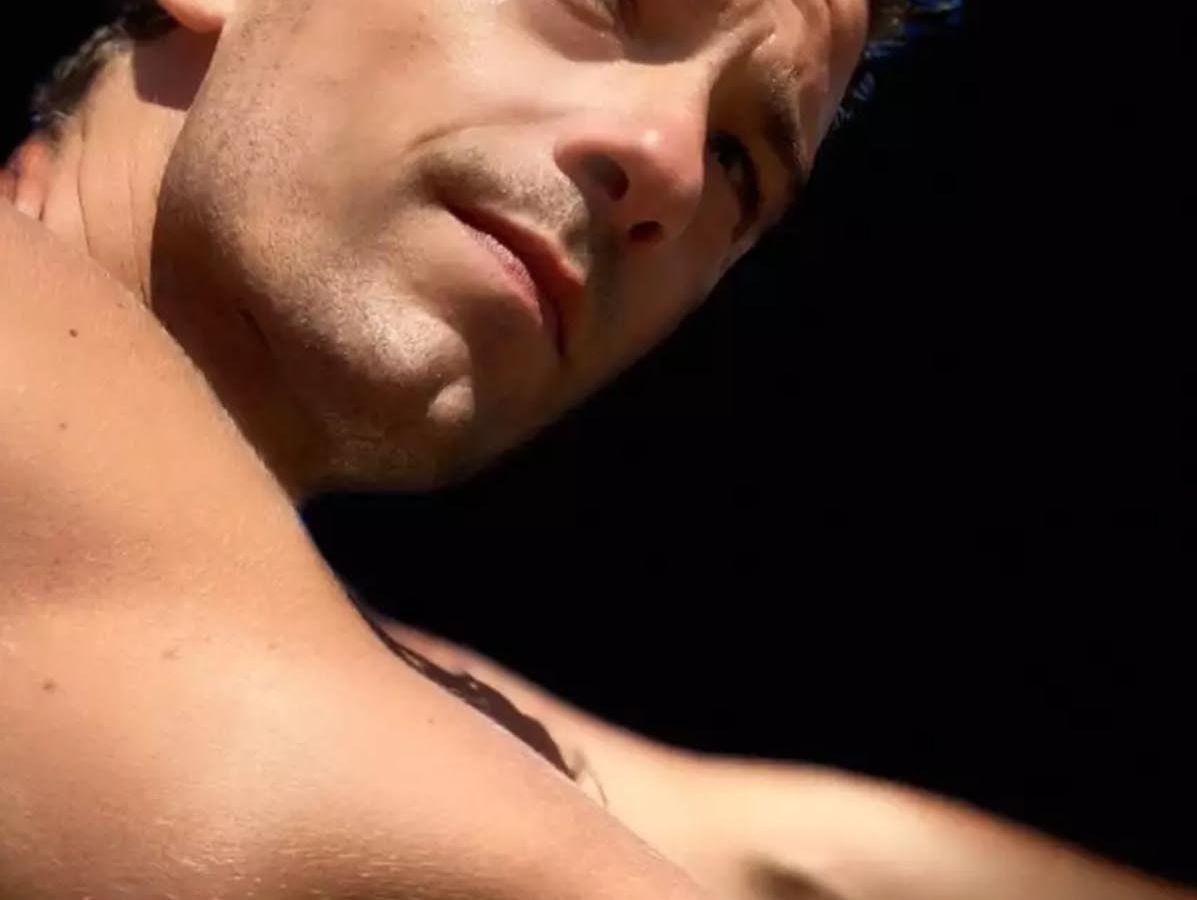 Τότσικας Ρέβη: Οι γυμνές φωτογραφίες του δια… φακού της συζύγου του, εντυπωσιάζουν [pics]