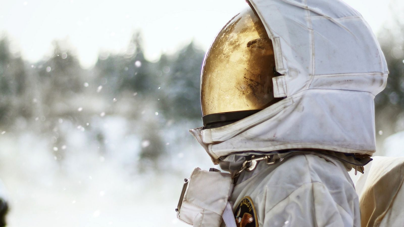 Νομίζατε ότι τα διαστημικά κράνη είναι μόνο για τους αστροναύτες – Και όμως…προστατεύουν από τον κορονοϊό