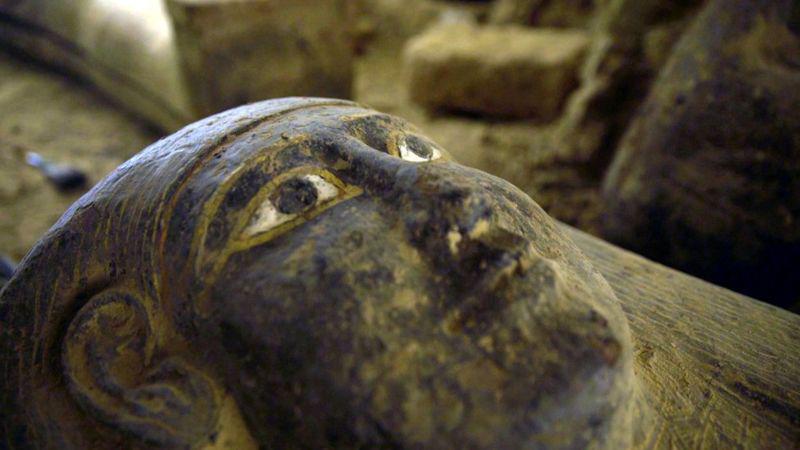 Αίγυπτος: Η συγκλονιστική ανακάλυψη 27 σαρκοφάγων στη νεκρόπολη της Σαχάρας [pics&vid]