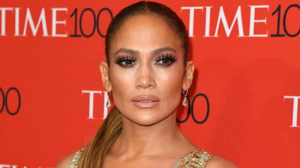 Jennifer Lopez: Πήρες κιλά στις γιορτές; Δες την JLo με μαγιό και θα αποκτήσεις στόχο για το καλοκαίρι [pic]