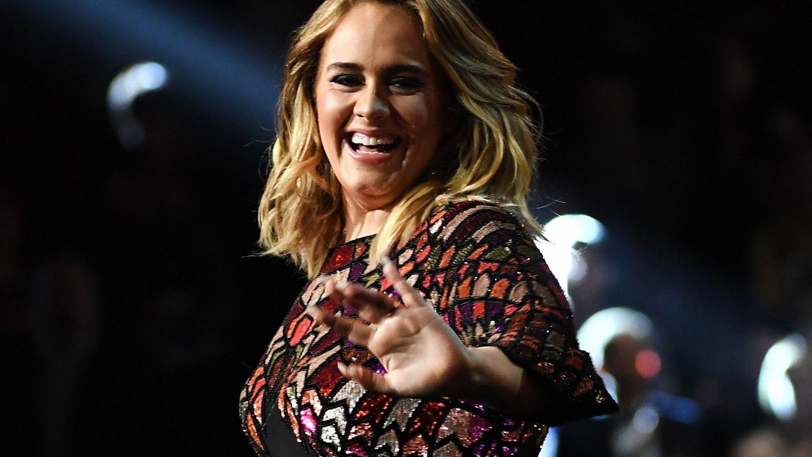 Adele: Δείτε την εντυπωσιακή της εμφάνιση στο trailer της νέας της εκπομπής [vid]