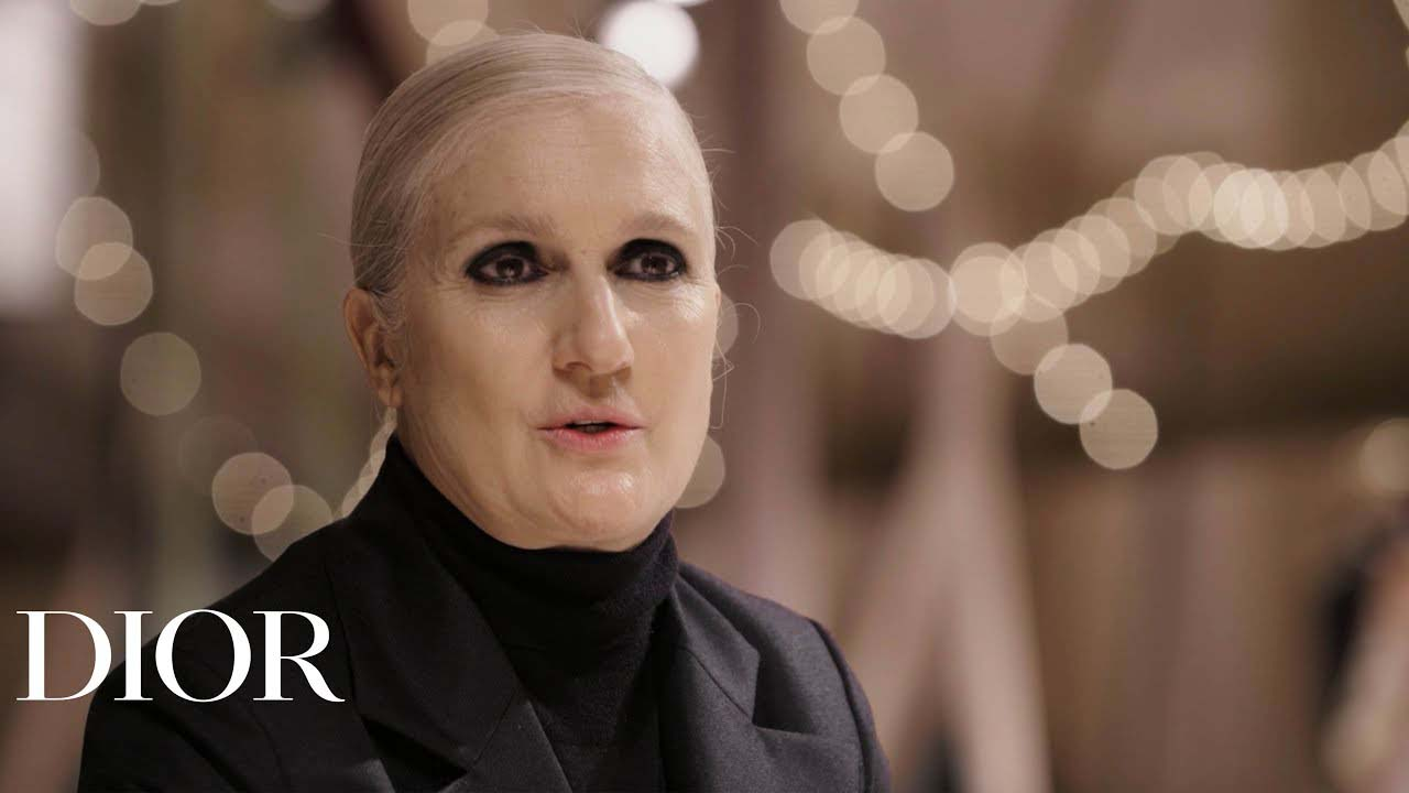 Maria Grazia Curie Dior: Η άγνωστη επίσκεψη στα Ανώγεια της Κρήτης για λόγους… επιμόρφωσης