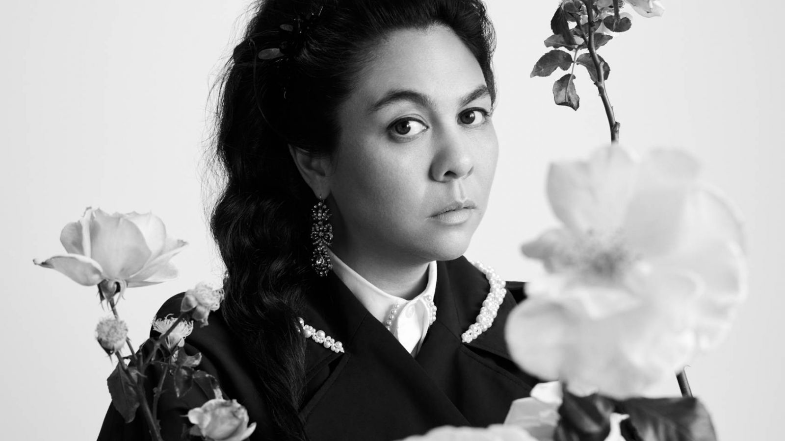 Simone Rocha: Η συνεργασία με την H&M σε μια μοναδική συλλογή προσβάσιμη σε όλους