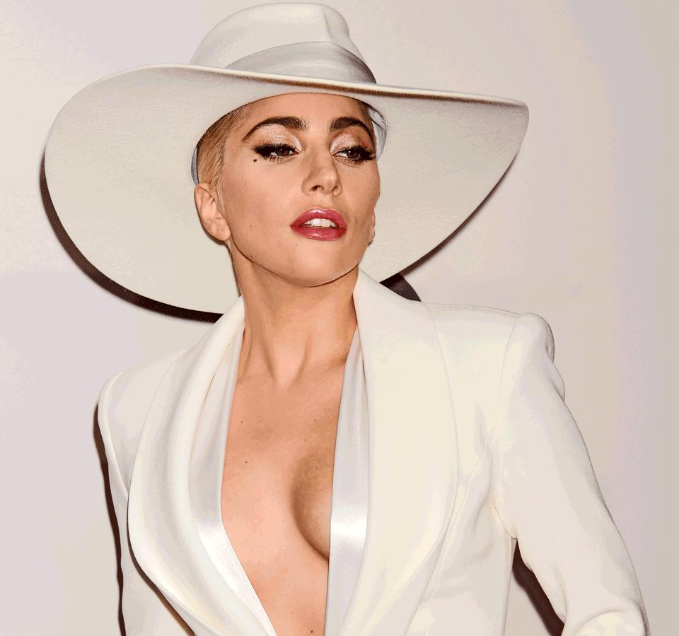 Lady Gaga: Το υπέρκομψο look που επέλεξε για την ορκωμοσία του Τζο Μπάιντεν στο Καπιτώλιο [pic]