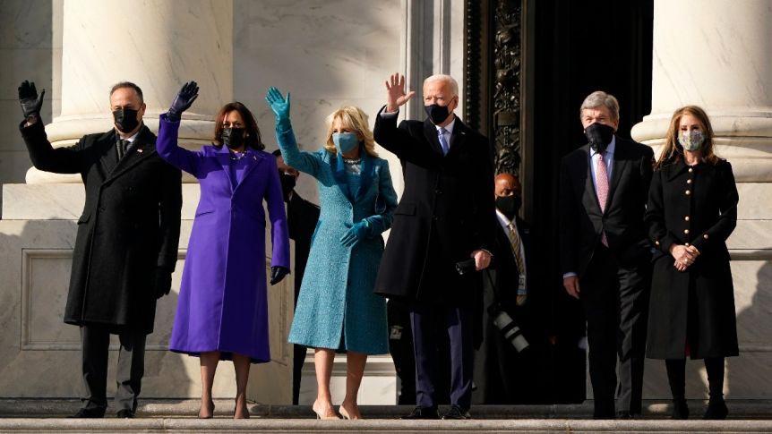 Οι εντυπωσιακές εμφανίσεις των Πρώτων Κυριών στην ορκωμοσία του Joe Biden