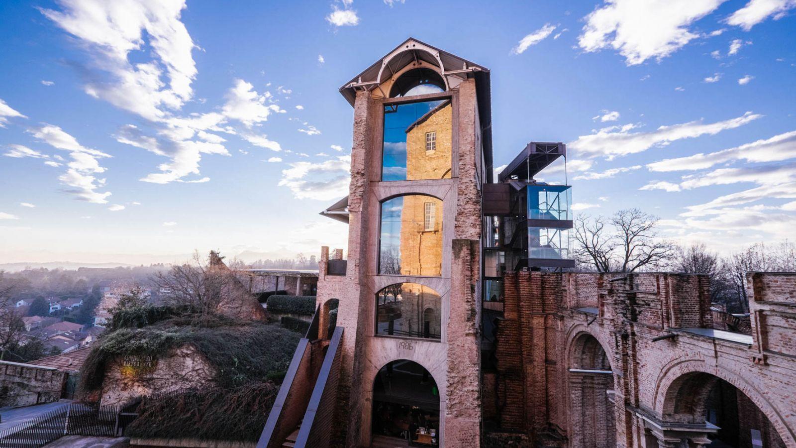 Ιταλία: Η τέχνη θεραπεύει – Μουσείο μοντέρνας τέχνης μετατρέπεται σε εμβολιαστικό κέντρο Covid-19