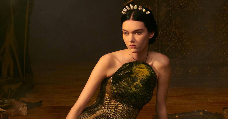 Christian Dior: Ταρώ και υψηλή αισθητική – Η συλλογή του οίκου στην Εβδομάδα Μόδας του Παρισιού