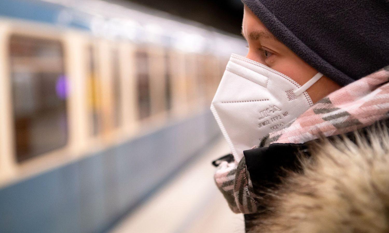 Κορονοϊός μετάλλαξη: Ποιες μάσκες πρέπει να φοράμε για την προστασία από τις μεταλλάξεις του ιού [pics]