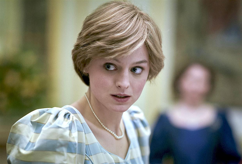 The Crown: Η Lady Diana της σειράς πειραματίζεται σε κάτι τελείως διαφορετικό [vid]