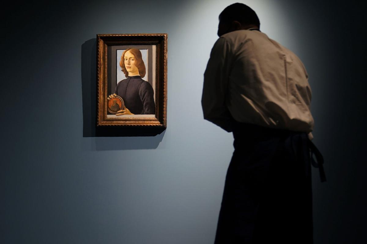 Botticelli: Πορτραίτο νεαρού άνδρα πωλήθηκε για 92 εκ. δολάρια, και έγινε το δεύτερο πιο ακριβό έργο που δημοπρατήθηκε ποτέ