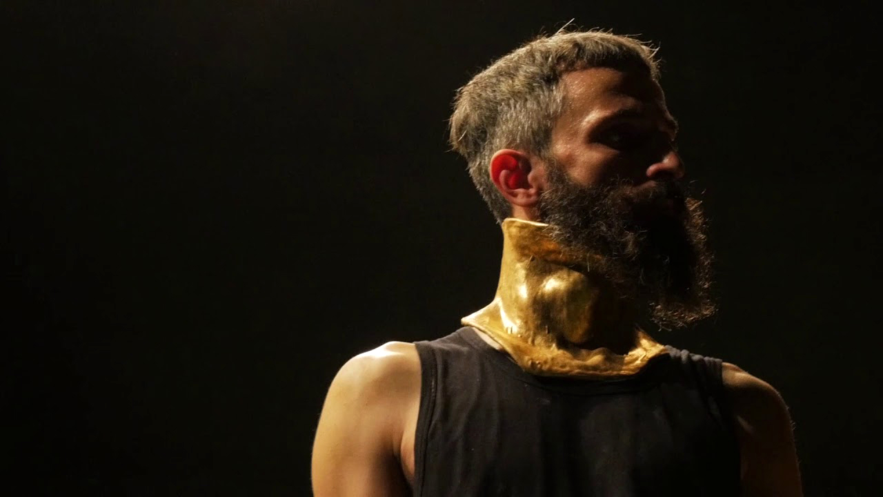 Ριχάρδος Β': Η παράσταση με τον Άρη Σερβετάλη σε 3 streaming προβολές