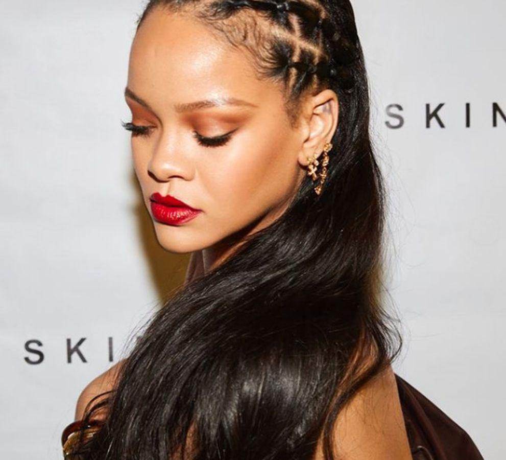 Rihanna: Η topless φωτογραφία της που άναψε φωτιές [pic]