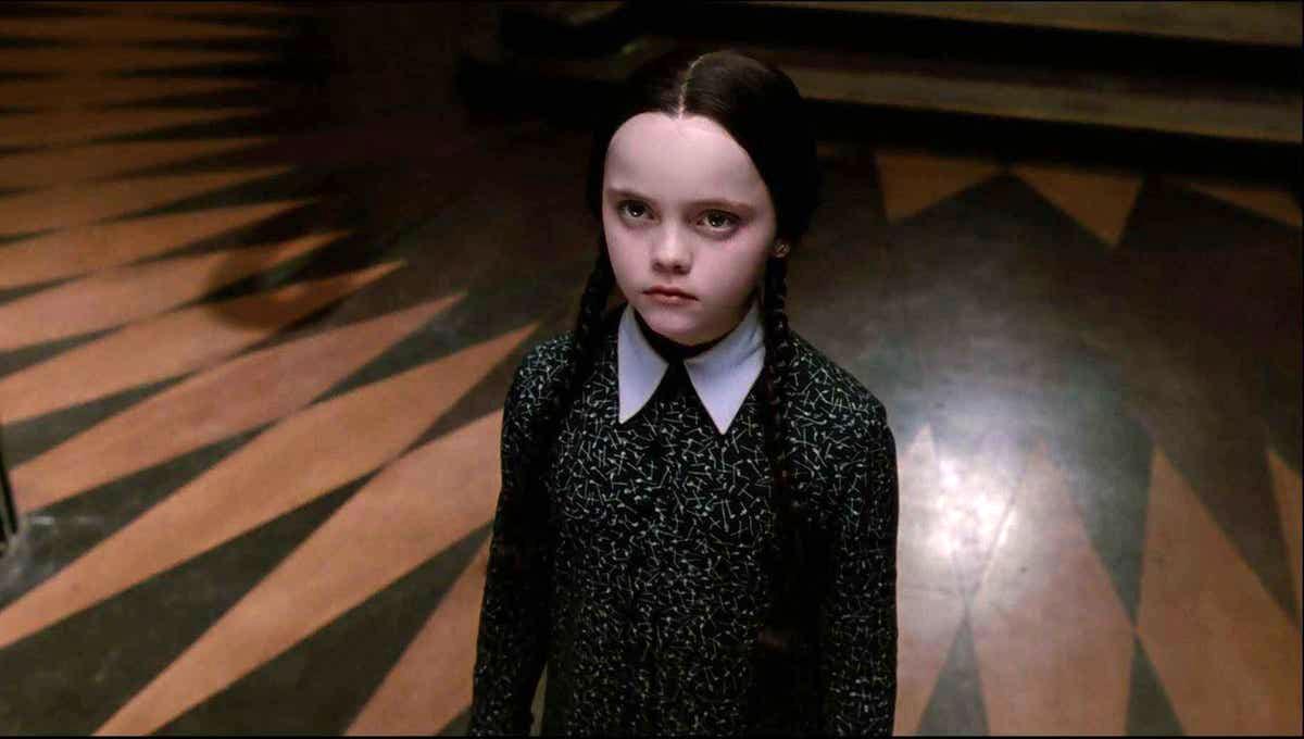 Tim Burton: Πρώτη φορά στην τηλεόραση – Ετοιμάζει τηλεοπτική σειρά για την Wednesday Addams της «Addams Family»