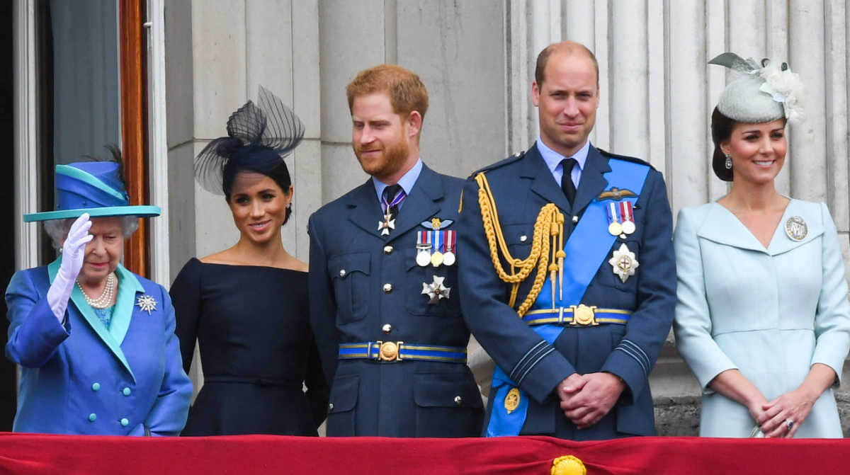 Βασίλισσα Ελισάβετ: Τηλεοπτική μονομαχία με Meghan και Harry – Ποιος θα νικήσει
