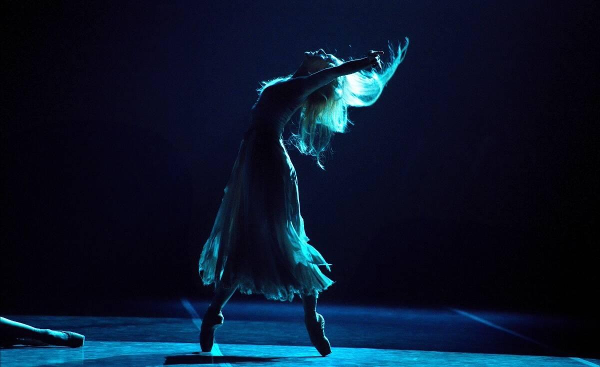 Ζιζέλ: H παράσταση με το μεγαλειώδες Εθνικό Μπαλέτο της Αγγλίας έρχεται σπίτι μας
