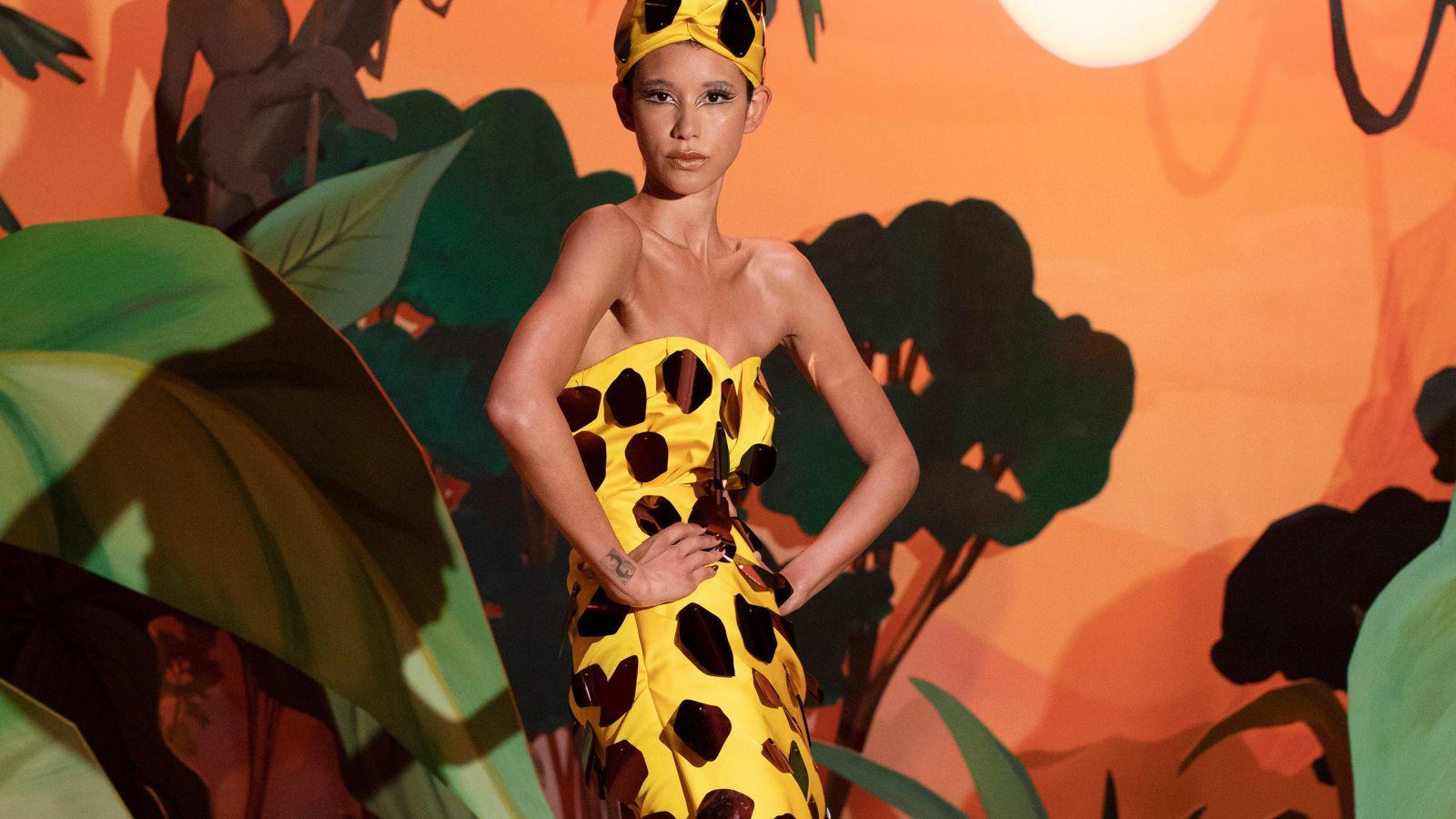 Moschino: Έντονα χρώματα και διάχυτη καλή διάθεση για τη μετά-πανδημία εποχή